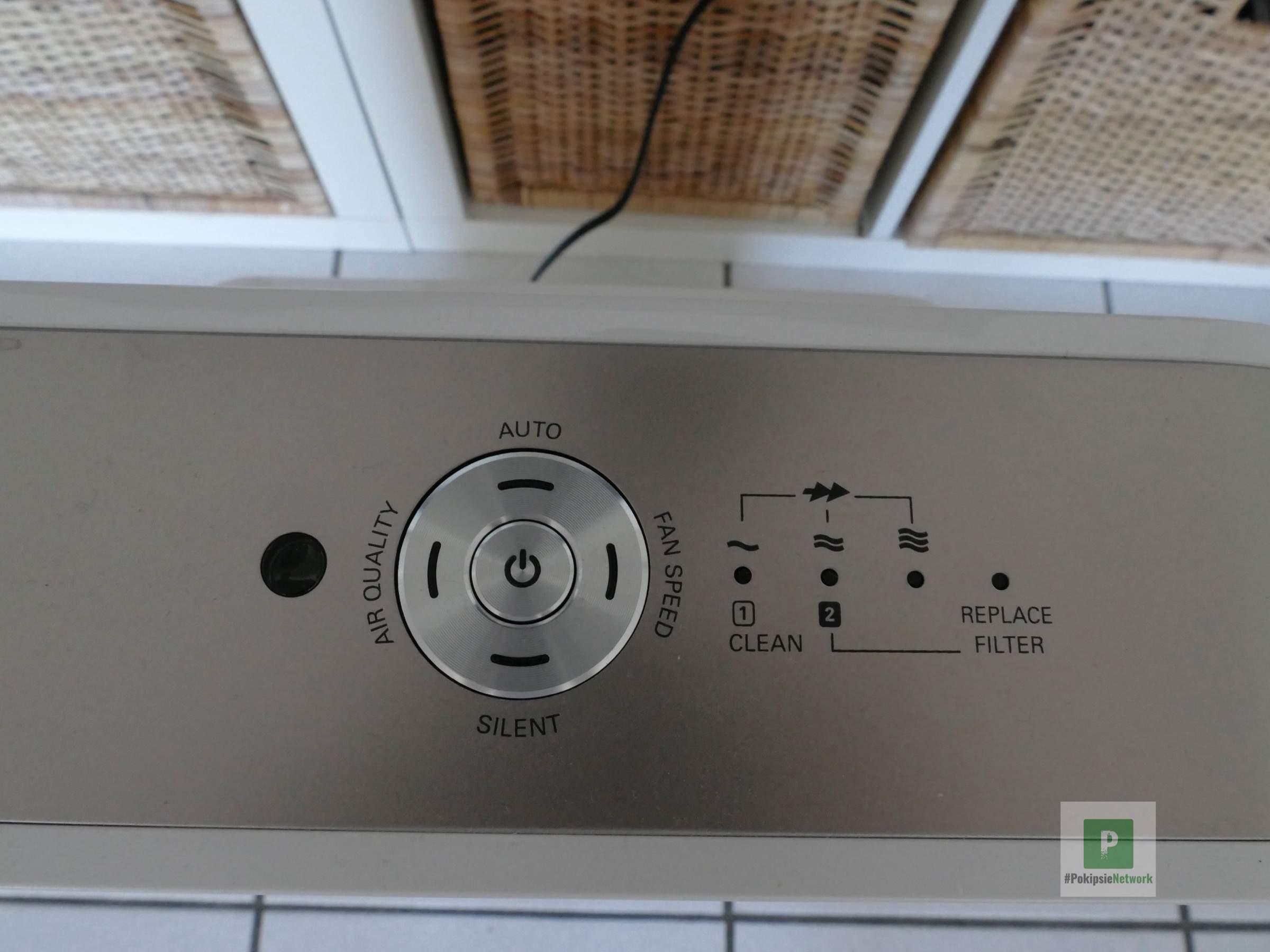 Der Bedienknopf und die LED-Anzeigen