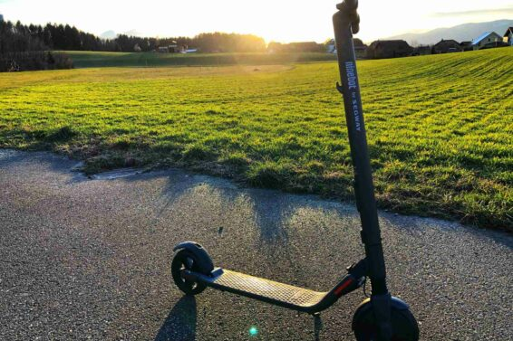 Ninebot Kickscooter ES2 – eTrottinetts machen spass