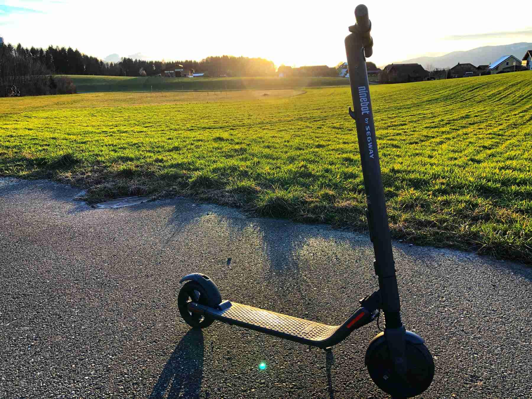 Ninebot by Segway KickScooter ES2 – E-Scooter fahren machen spass