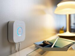 Philips Hue Bridge von Signify